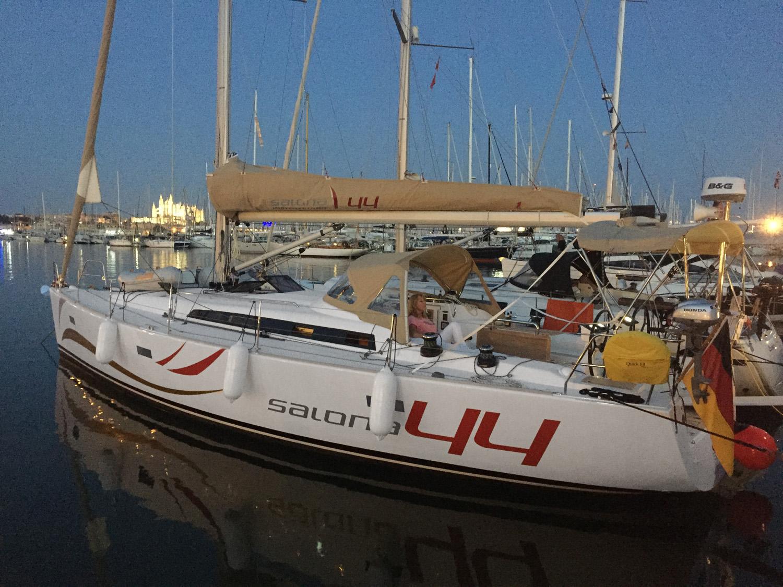 Salona44_DasSchiff_01